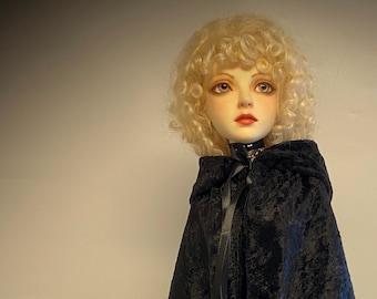 BJD clothes Black Crushed Velvet Cloak