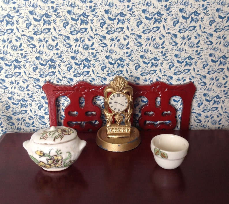 Dollhouse Miniature Red Spatterware Dishes and Bowls