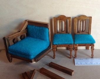 Dollhouse Miniature Wooden  Chairs