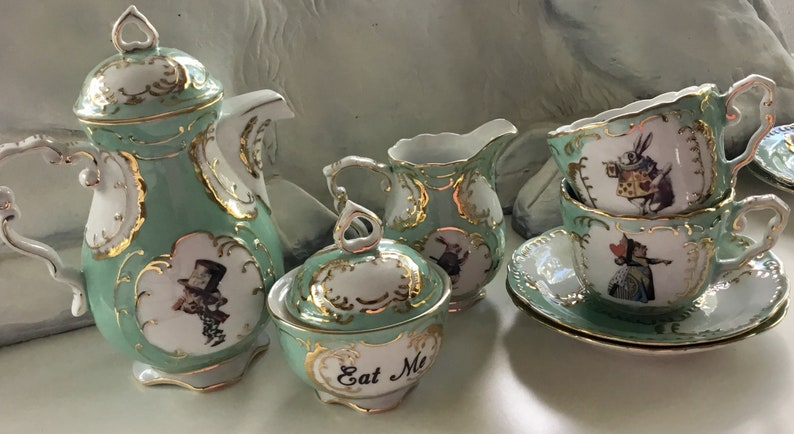FREE SHIPPING  7 or 11 Piece Alice in Wonderland Tea Set image 0
