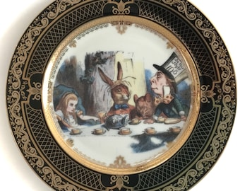 Black and Gold Alice in Wonderland Plate With John Tenniel Illustrations, White Accents, Durable and Food Safe Porcelain