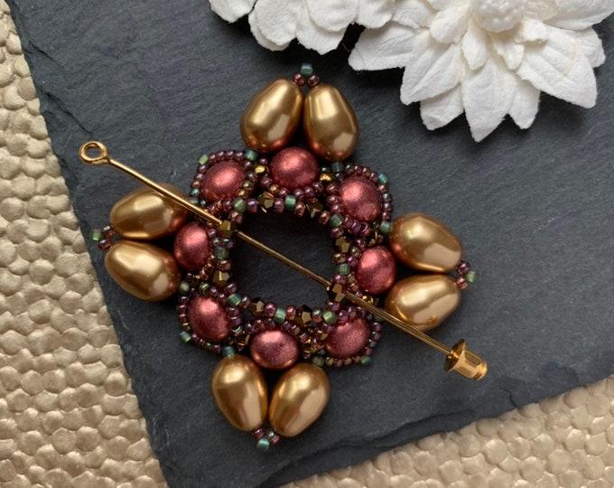 Beaded Swarovski Pearl Shawl Pin in Mauve and Gold