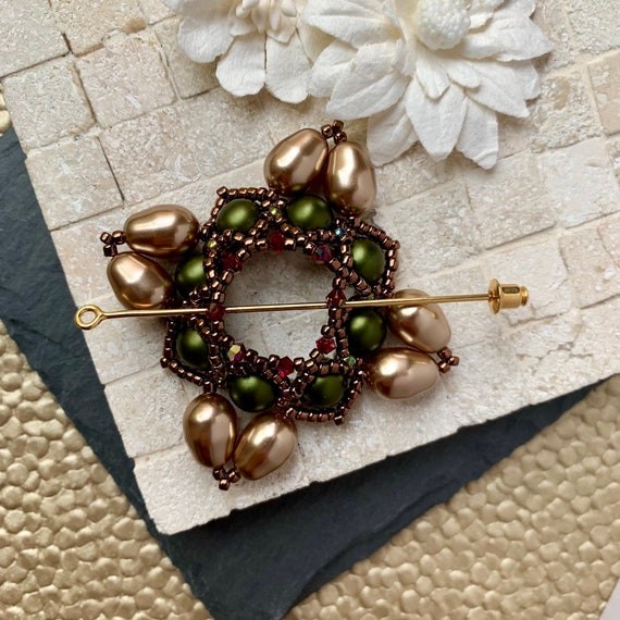 Beaded Swarovski Pearl Shawl Pin in Green and Bronze