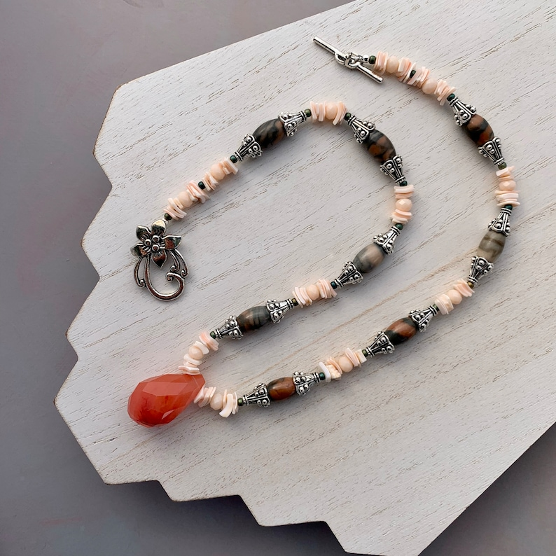 Chunky Gemstone Necklace with Faceted Rose Quartz Drop Pink image 0