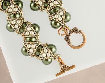 Seed Beaded Bracelet Geometric Green Emerald Bracelet Mother in Law Gift Art Deco Jewelry Swarovski Crystal Bracelet Mom Gift for Wife