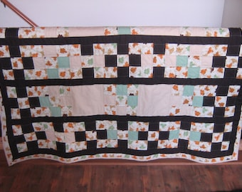 Leaf Pattern Fall Throw Quilt