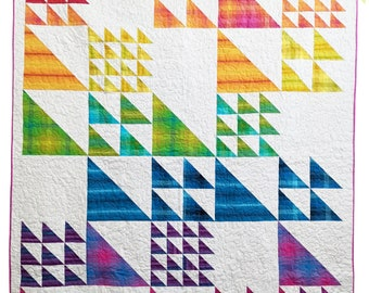 Triangle Quilt Pattern PDF *Fat Quarter Friendly* Vertex by Slightly Biased Quilts