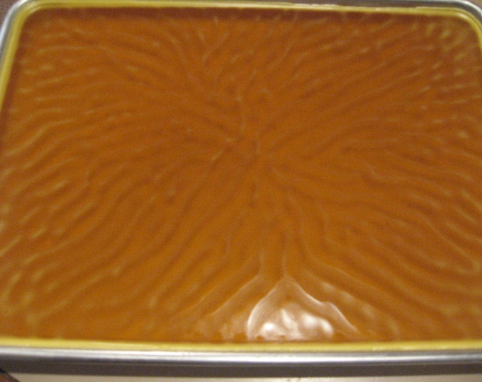 Golden Beeswax 100% Raw Pure Bees wax 3 Lb ( 3 pounds ) Free shipping!