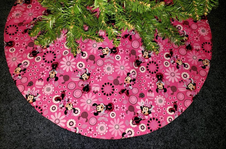 Minnie Mouse Pink Christmas Tree Skirt 35 Wide