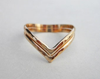 Double Chevron V Ring Hammered 14k Gold Filled