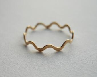Polygon Ring 14k Gold Filled Wavy Ring