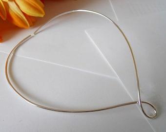 925 Argentium Silver V Necklace Collar Choker