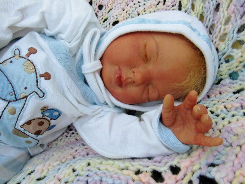 241a39465220d Reborn garçon poupée Lifelike dort bébé nouveau-né unique prêt