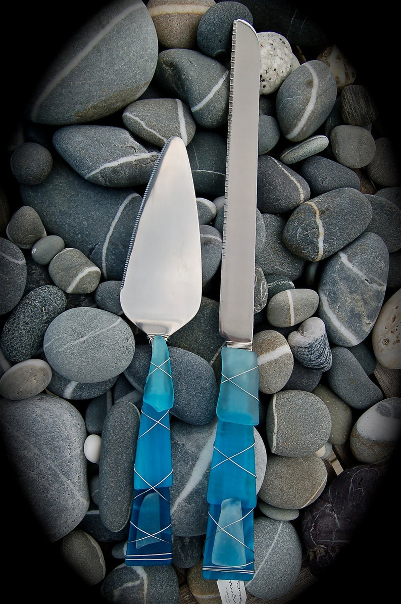 Dishwasher Safe Sea Glass Wedding Cake Server made with Recycled Bottle Tumbled Island Glass  in Light Turquoise Stainless Steel.