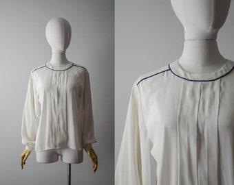 cbee37cb027c1 Vintage white blouse