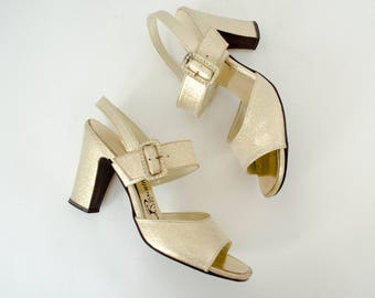 a92c67508ac 1970s vintage shoes   gold high heel sandals   Rosenthal   size 6