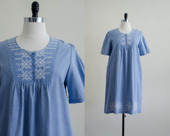 chambray vintage dress | vintage caftan | embroide