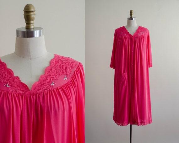 hot pink peignoir | plus size peignoir