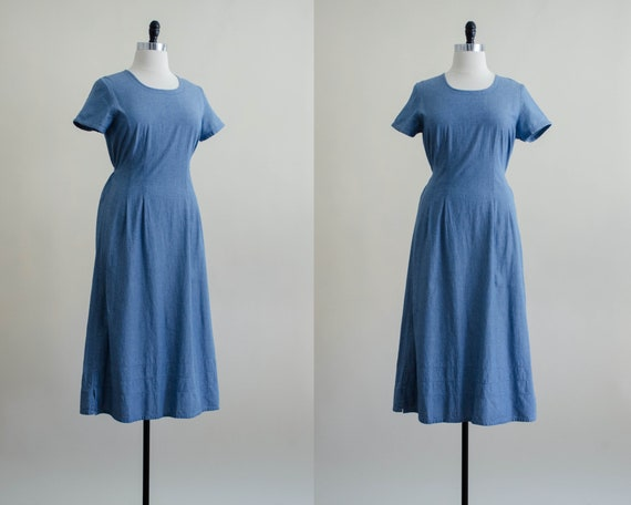 chambray maxi dress | tie back dress | blue vintag