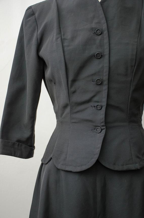 1940s black skirt suit   taffeta skirt suit   Jea… - image 3