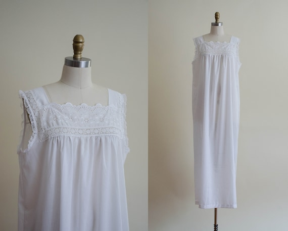 white eyelet nightgown | eyelet lace nightgown