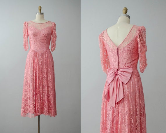 lace midi dress   pink lace dress