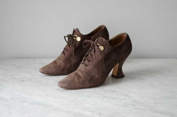 Edwardian style shoes | spool heel shoes | brown s