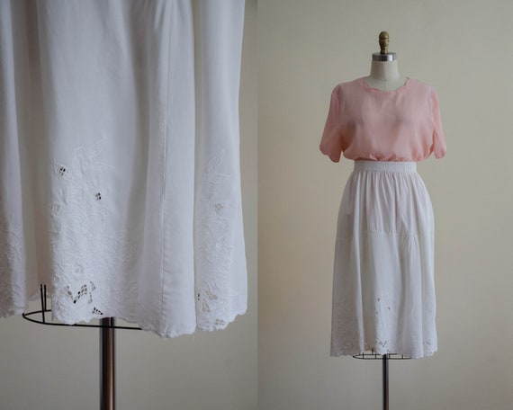 white knee length skirt | cutwork lace skirt | whi
