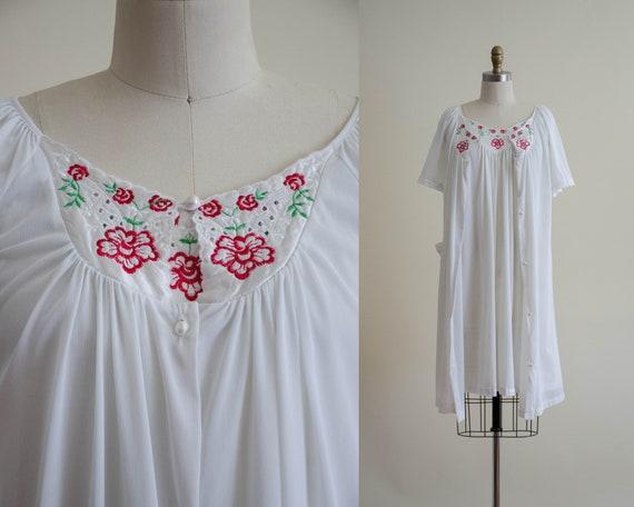 white peignoir   embroidered peignoir