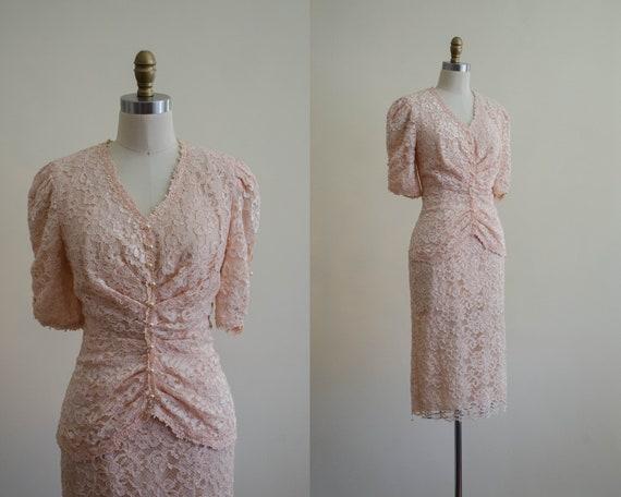peach lace dress | floral lace dress | 1940s style