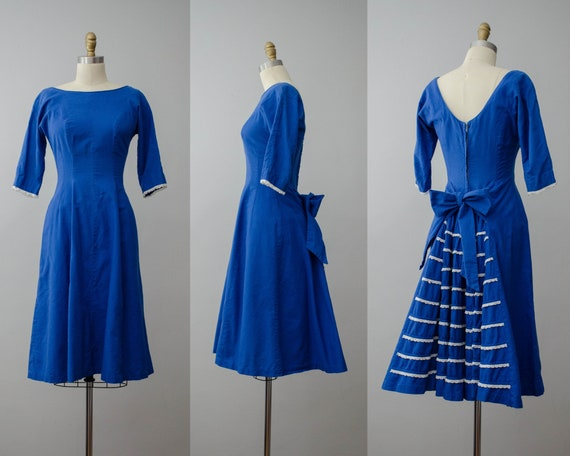 1950s dress | blue bustle dress | fit and flare dr