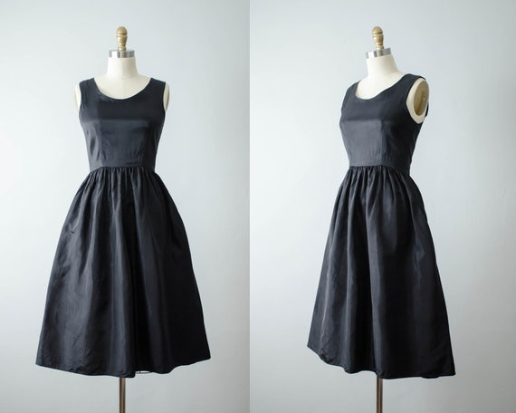 black 1950s dress | black fit and flare dress