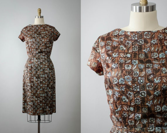 1950s dress | brown wiggle dress