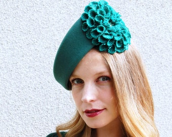 Green Felt Modern Winter Beret With Harris Tweed Flower