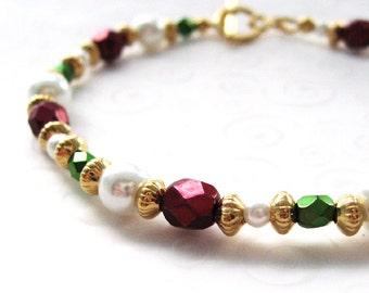Christmas Holiday Jewelry, Beaded Christmas Bracelet, Red and Green Bracelet, Metallic Czech Bead and Pearl Bracelet, Christmas Bracelet