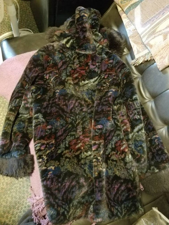 Stylish Multi-color soft hooded winter coat - image 6