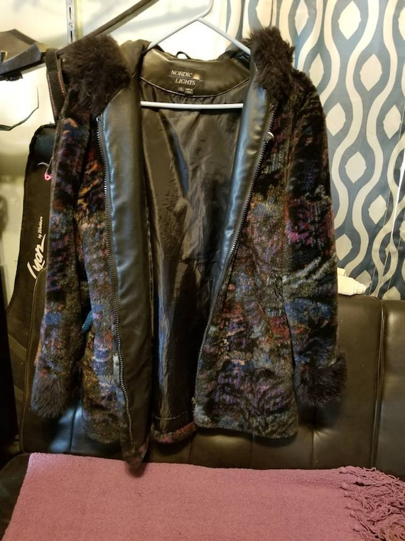 Stylish Multi-color soft hooded winter coat - image 1