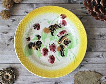 French antiques plate faience dessert barbotine collection french country cottage 19th 1900s strawberries