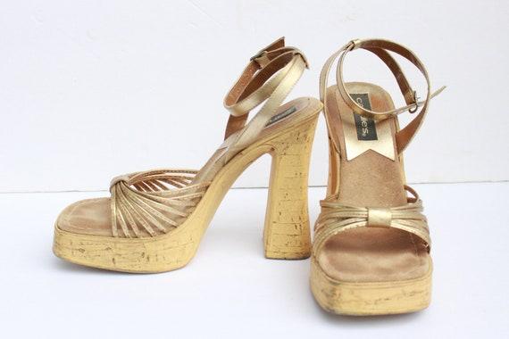 Vintage 90s Platform Sandals, Candie's Platform Sa