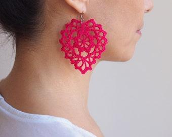 Crochet PATTERN Heart earrings, women necklace pendant, romantic vintage lace, woman statement jewelry, wedding DIY photo tutorial