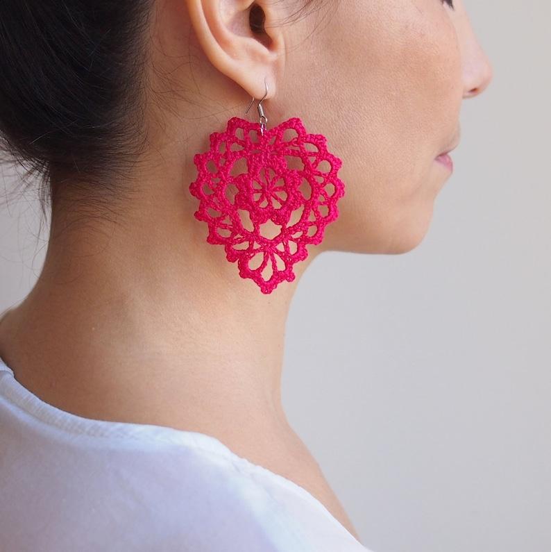 Crochet PATTERN Heart me jewel earrings women necklace image 0