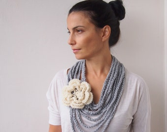 Crochet PATTERN, Loop cirlce scarf with flower, cowl chunky chain oversized neckwarmer, DIY photo tutorial, Instant download