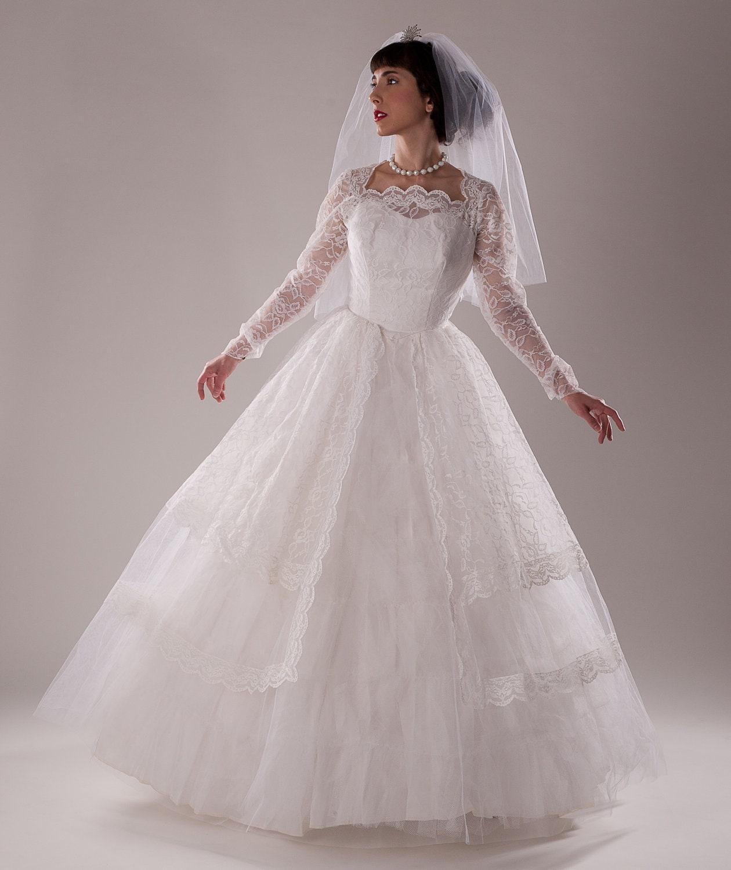 Vintage 1960s Tulle Wedding Dress Lace Peplum Sleeves