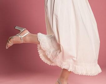 Antique Cotton Petticoat - Downton Abbey Eyelet Half Slip - Wedding Bridal Fashions Size M