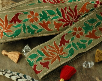 """Holiday Bouquet : Festive Natural Holiday, Floral Silk Trim, Ribbon, Sari Border, India 1 7/8""""x1 Yard / Craft, Decorating Sewing Supply, DIY"""