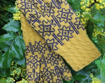 Finely Knitted Lady's Estonian Gloves in Halliste Style with Dark Blue on Yellow