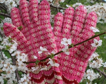 Finely Knitted Lady's Estonian Gloves in Helme Style in Pink Red and Natural White