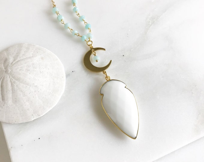 Long Gold Aqua and White Stone Beaded Necklace. Layering Crescent Necklace. Long Stone Necklace. Beaded Necklace. Boho Jewelry. Pendant.