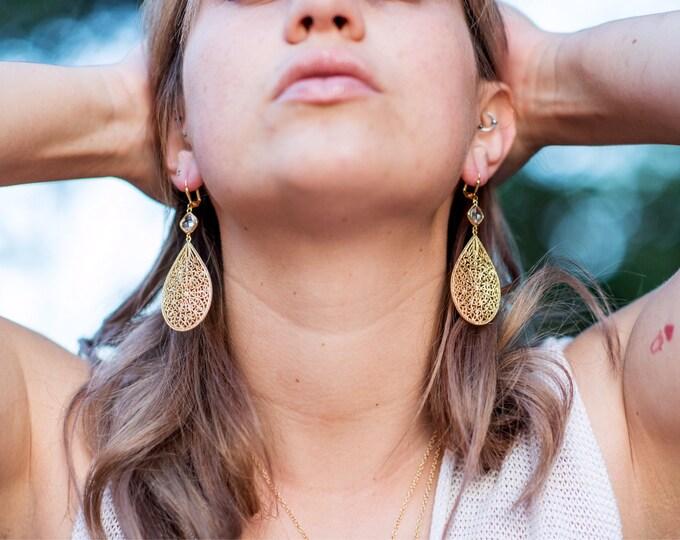 Gold Chandelier Earrings. Dangle Earrings. Statement Earrings. Jewelry Gift. Modern Fashion Drop Earrings. Chandelier Earrings Gift.