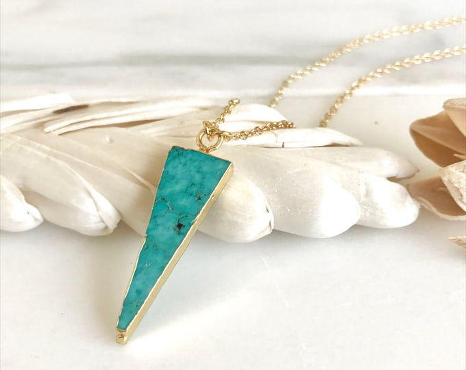 Turquoise Triangle Pendant Necklace. Turquoise Jewelry. Layering Long Arrow and Gold Stone Geometric Necklace. Jewerly Gift. Simple Jewelry.